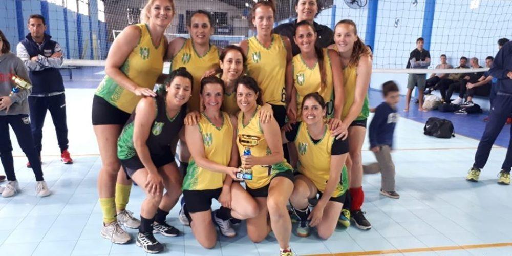 La Maxi A femenina finalista en el Torneo Amistad